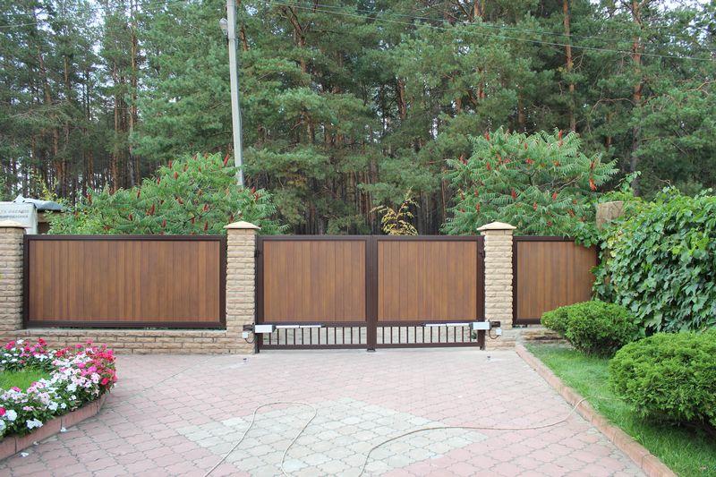 Въездные распашные алюминиевые ворота ALV