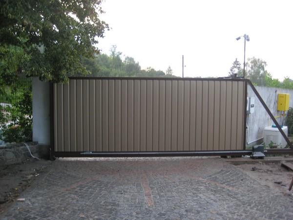 Въездные алюминиевые сдвижные ворота ALV