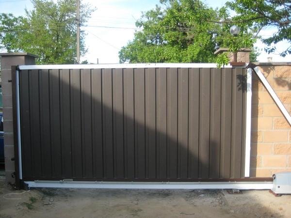 Въездные алюминиевые раздвижные ворота ALV